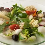 季節の温野菜のコリコリサラダ