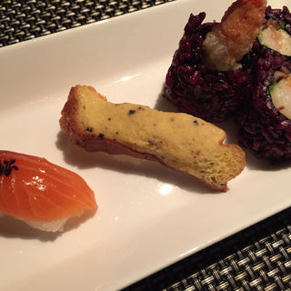 季節の握り寿司と本日のロール寿司(くのいちコース)(ニンジャ アカサカ (NINJA AKASAKA))