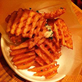 ガーリックポテト(Dexee Diner たまプラーザ)