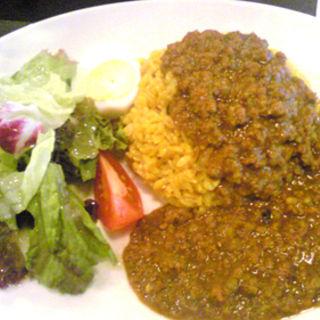 牛挽肉のスパイシーカレー(モンタンベール)