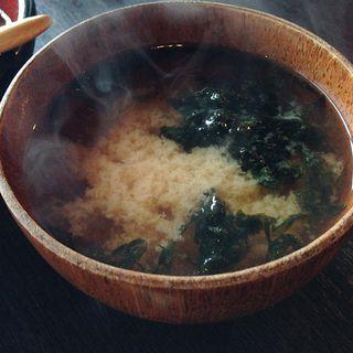 海藻たっぷりお味噌汁(旬楽 えびす (しゅんらく えびす))