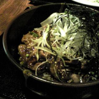 黒ぶた丼(焼酎天国 黒ぶたや)