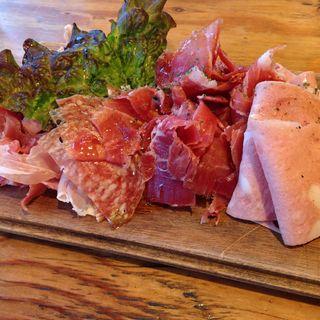 お肉の前菜盛り合わせ(野毛ビストロZIP (ジップ))
