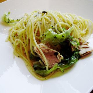 レタスとツナのスパゲティー(ヴィヴィ ラ・ベルデ (ViVi la verde))