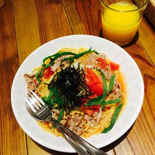 焼きなすと豚しゃぶの生姜トマトだしパスタ(ココノハ piole ひめじ店 )