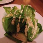 レタスとアボカドのサラダ