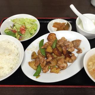 日替わりランチ(鶏肉と野菜XO醤油炒)(中国家庭料理 神洲之華 )