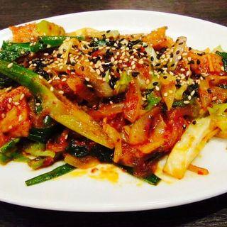 ホルモン野菜炒め(韓食堂 モクチャ (Mokcha))