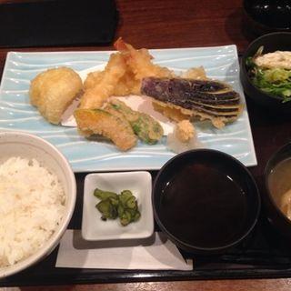 天ぷら定食(新宿 かなえ )