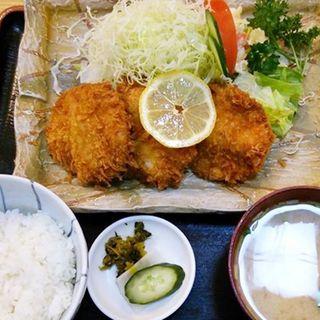 ヒレかつ定食(とんかつせんのき 東神奈川本店 )