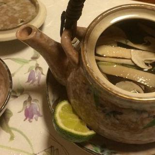 松茸の土瓶蒸し(さかなや 富ちゃん 麻布十番店 )