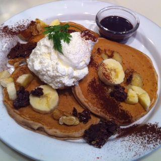 チョコレートバナナパンケーキ(ジェイエス パンケーキカフェ自由が丘店 (j.s. pancake cafe))