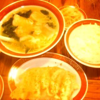 餃子+ワンタン定食(広州市場 五反田店 (コウシュウイチバ))