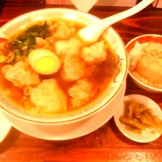 ミニ雲呑麺半麺+ミニ煮豚飯(広州市場 西新宿店 )