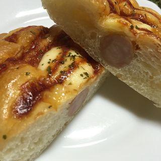 ウインナーパン(幸せの100円パン職人 桂千代原口店 )