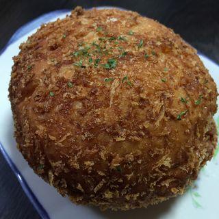 カニクリームコロッケパン(パンドルフ )