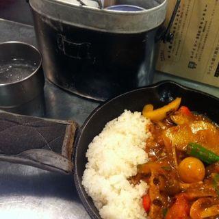 一日分の野菜カレー(野菜を食べるカレーcamp エキマルシェ大阪店 (キャンプ))