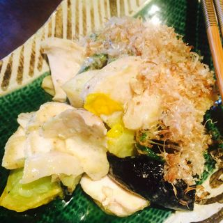 自家製鶏ハムと揚げ野菜のバジル味噌和え(円らく 所沢荘)