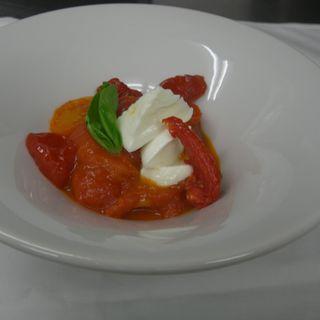 イタリア直送水牛のモッツアレラのカプレーゼ(BITTO (イタリア料理ビット))