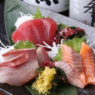 鮮魚盛り合わせ(ふとっぱらや 手羽蔵 )