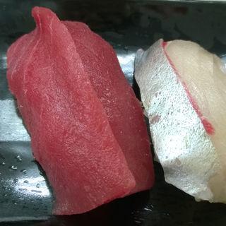 上マグロ(魚庭の立ち寿司)