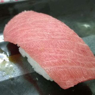中トロ(魚庭の立ち寿司)