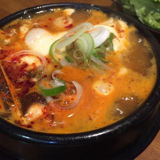 チーズスンドゥブ(韓国家庭料理 豚富 )