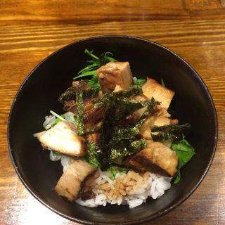 チャーシュー丼(麺屋ほぃ )