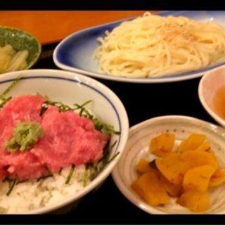 稲庭うどん&鮪丼セット(小石川 かとう (こいしかわかとう))