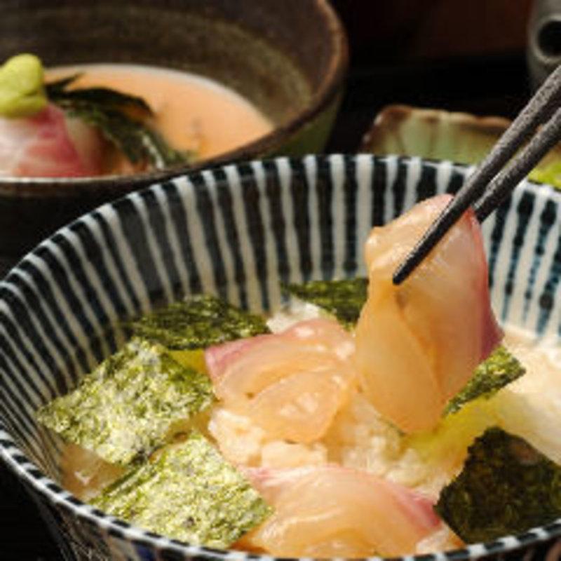 鯛の胡麻たれ茶漬け(凛火 新宿店 )