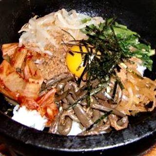 石焼きビビンバ定食(遊牧 菜家 新丸ビル店 (サイカ))