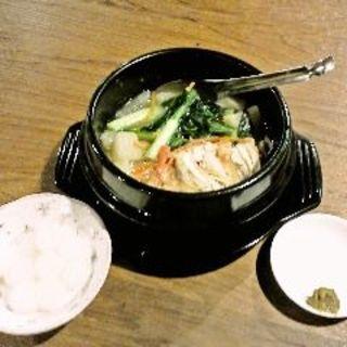 コラーゲンスープ(昭和酒場 黄金バット )