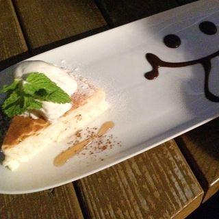 自家製ベイクドチーズケーキ(@LeafCafe七里ヶ浜 (アットリーフカフェ七里ヶ浜))