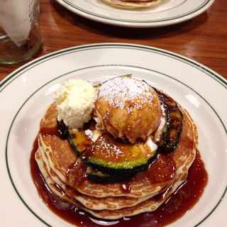 パンケーキwithキャラメルパンプキン&ホイップクリーム(ブルックリンパンケーキハウス (BROOKLYN PANCAKE HOUSE))