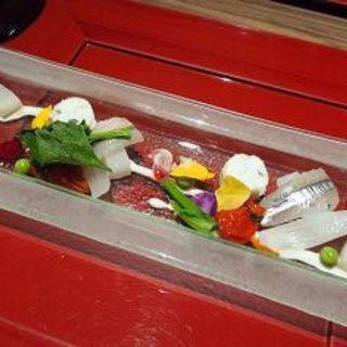 魚介類と春の地野菜の彩りマリネ(ホテルニューアワジプラザ淡路島 )