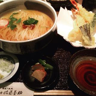天ぷら温麺(銀座 佐藤養助 (ぎんざ・さとうようすけ))