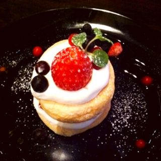 季節のデザート ショートケーキ(アナログ渋谷 )