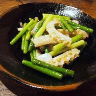 牛ハチノスとにんにくの茎炒め(湘南小吃 (ショウナンシャオツー))