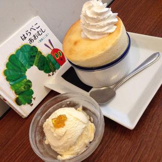 チーズスフレ(ファンスペースカフェ (FUN SPACE CAFE))