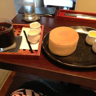 ワンカップドリンク付食事セット+スィーツ(カフェサロンソンジン)