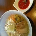 蒸し豚冷麺