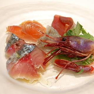 本日の鮮魚カルパッチョ(ボッテガ・ミケーレ)