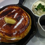 発酵バターの窯出しフレンチパンケーキ ~純生クリーム添え~ 発酵バターの窯出しフレンチパンケーキ ~純生クリーム添え~7