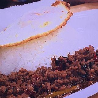 ガパオライス(玉子のせ)(タイキッチンパクチー )