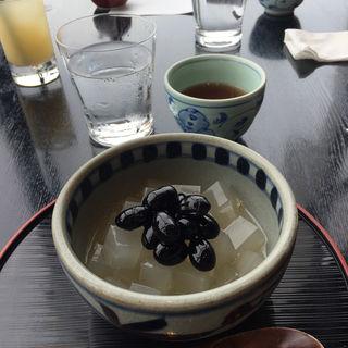 黒豆寒天(酢重ダイニング 六角 東京ミッドタウン店 (ロッカク))