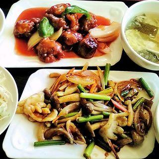 酢豚とイカとしめじ炒め定食(香港苑 東陽町店 )