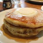クラシックバターミルクパンケーキ(アイヴィープレイス (IVY PLACE))