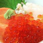 三色丼(新鮮喰味 (シンセングミ))