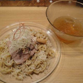 冷やしエイヒレつけ麺(人類みな麺類 )