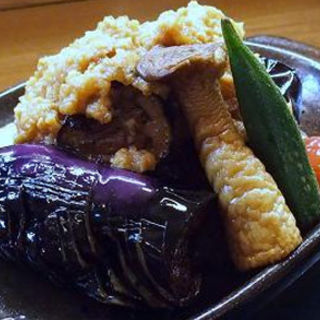 茄子の肉味噌陶板焼き(貴馳走坊 あ・うん)